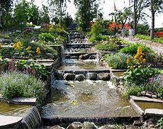 Декоративные фонтаны и водопады в интерьере